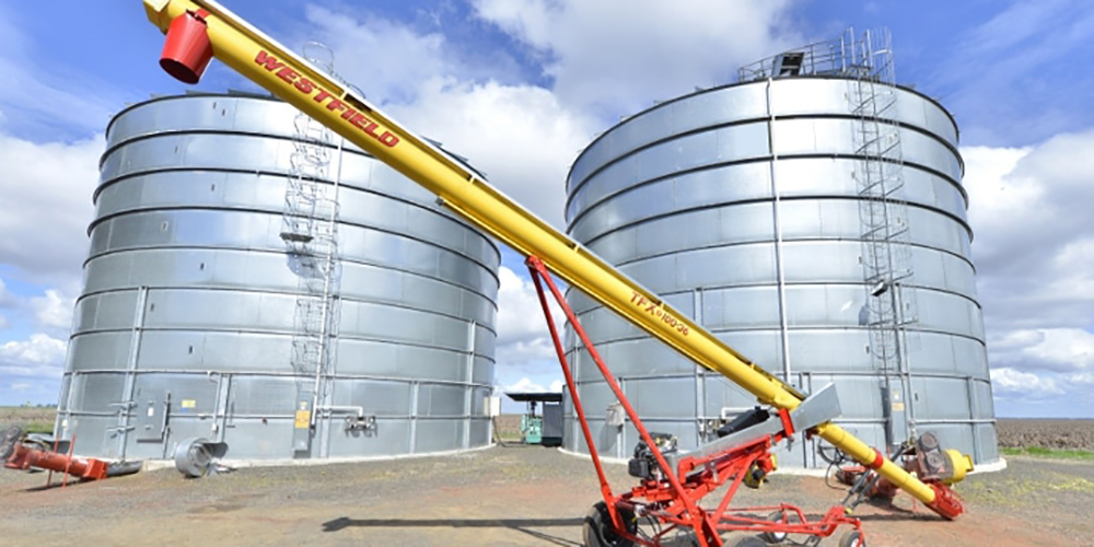 To avoid your transportable grain auger becoming the weakest link in your harvest, follow this 8-point service checklist